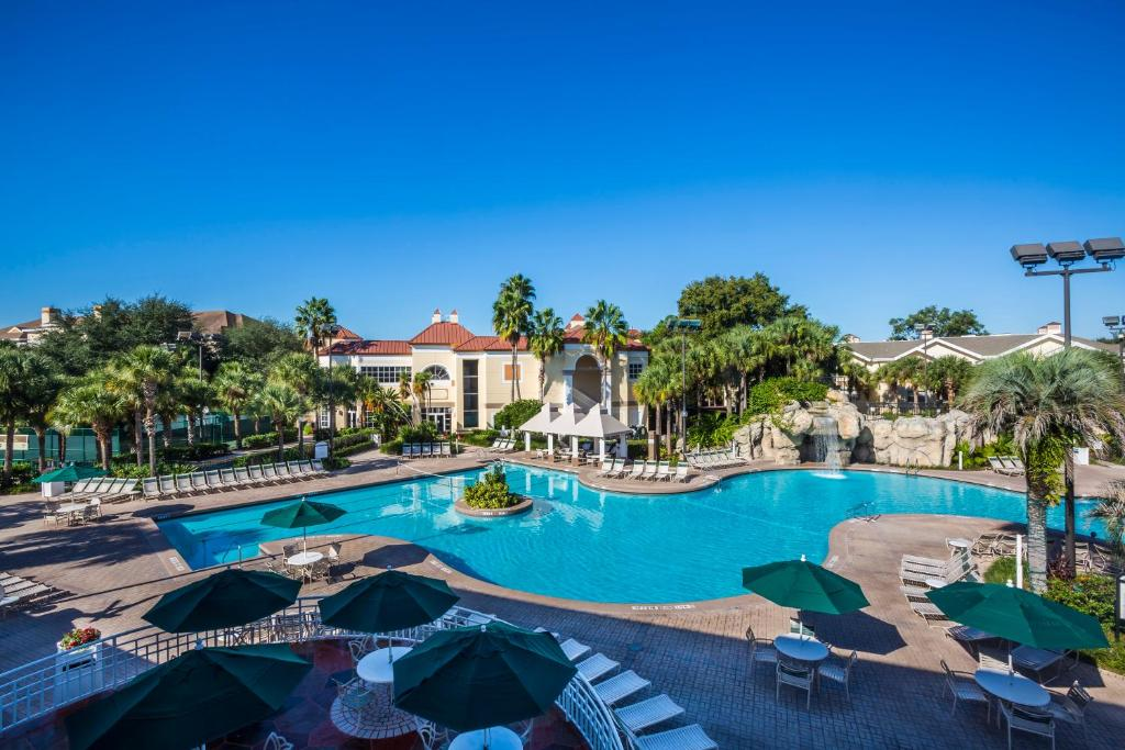 Book Now Sheraton Vistana Resort Villas Lake Buena Vista/Orlando (Orlando, United States). Rooms Available for all budgets. Enjoy the sun savings and free Wi-Fi at the Sheraton Vistana Resort Villas Lake Buena Vista/Orlando where our guests stay in their own villas complete with kitchens. The Shera
