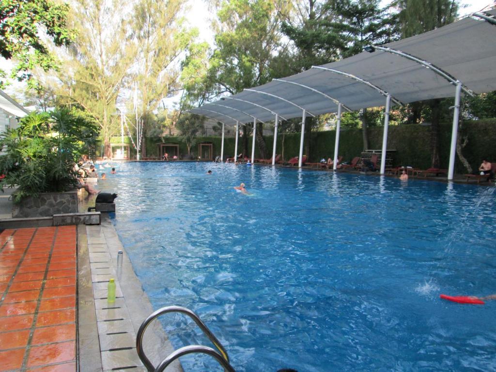 oasis siliwangi sports hotel starting from 700 000 idr hotel in rh eureka reservation com