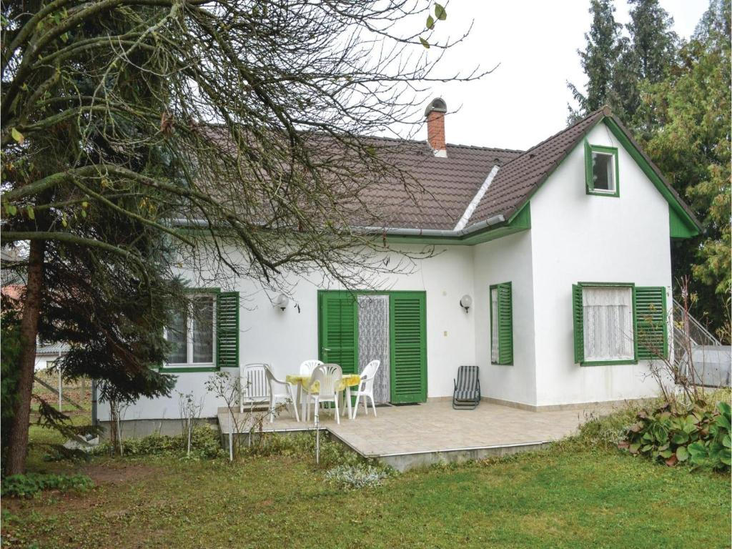 Holiday home Jokai Utca-Szantod