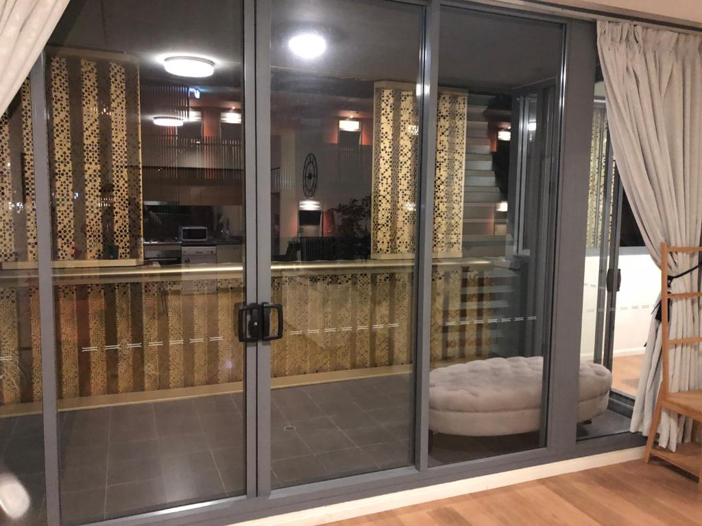 Best Price on Zetland Modern Holiday Apartment Inner ...