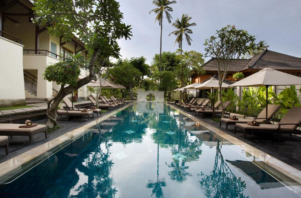 Located In Lush Tropical Gardens The 5 Star Nusa Dua Beach Hotel Spa