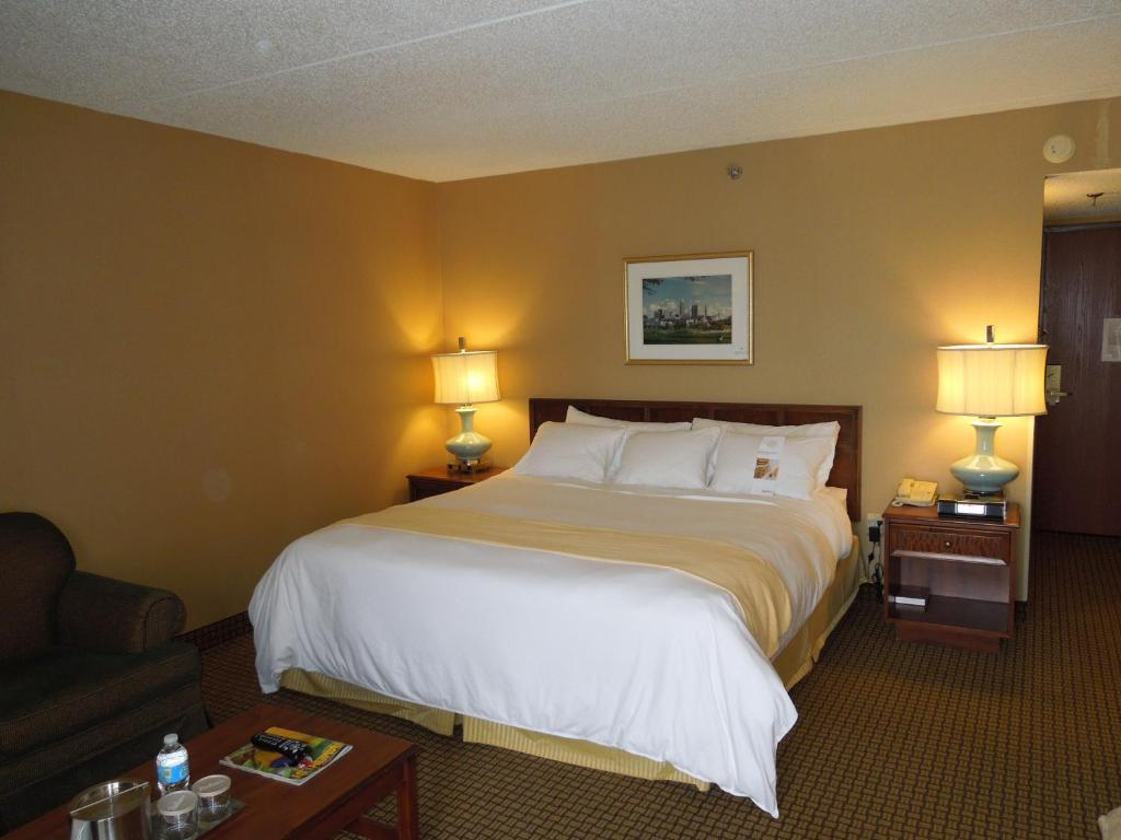 Hotel Rooms In North Olmsted Ohio