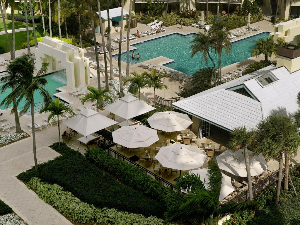 Book Now Hyatt Regency Pier Sixty-Six (Fort Lauderdale, United States). Rooms Available for all budgets. With a spa aquatic center and nearby beach access a world of pampering recreation and sunny sites abound for our guests at the non-smoking Hyatt Regency Pier Sixty-Six. Nestle