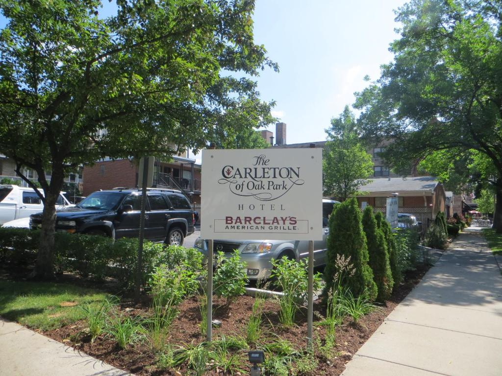 Book Now Carleton Of Oak Park (Oak Park, United States). Rooms Available for all budgets. Located in the historic Oak Park neighborhood the non-smoking Carleton of Oak Park is housed in a classic 1920s building. It's home to two restaurants and is walking distance