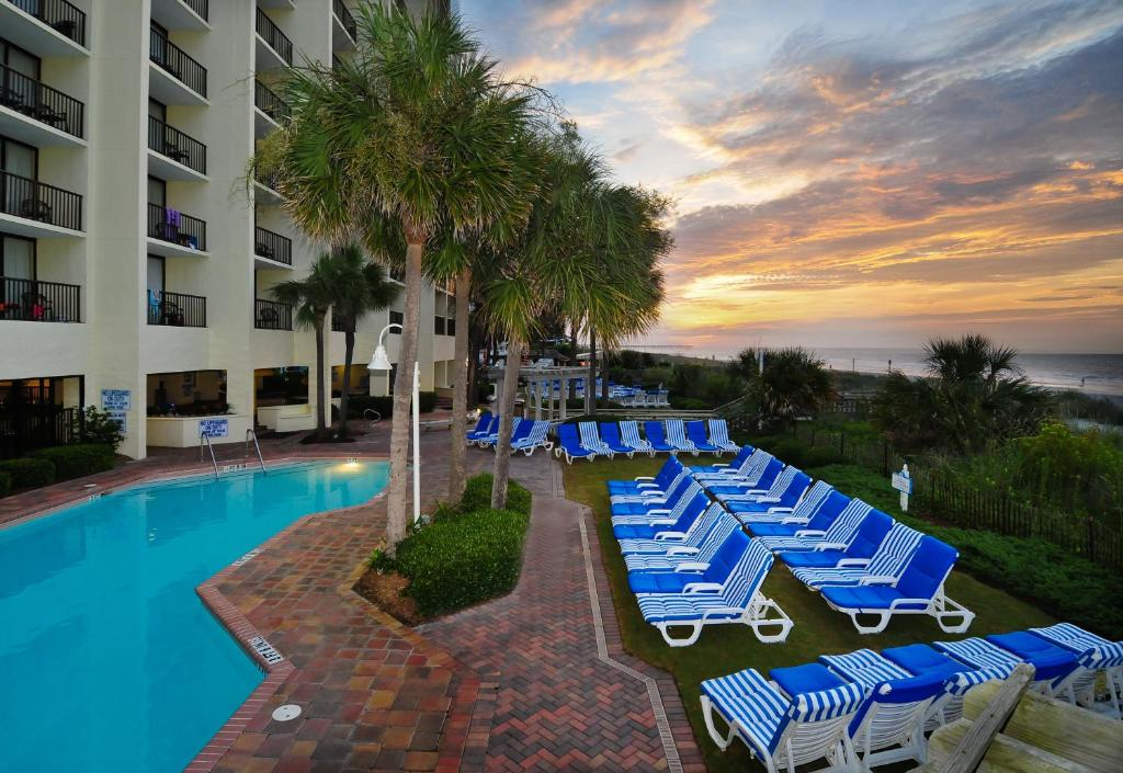 Book Now Sea Crest Oceanfront Resort (Myrtle Beach, United States). Rooms Available for all budgets. This oceanfront Myrtle Beach resort features 9 swimming pools which includes a water park indoor lazy river and 2 indoor hot tubs as well as free WiFi. Myrtle Beach Boardwalk