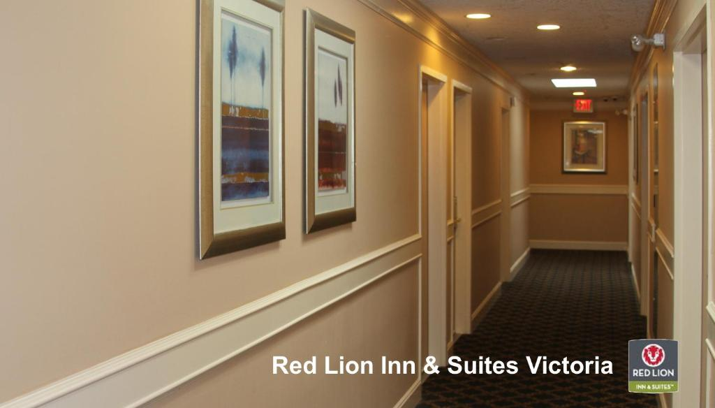 Book Now Red Lion Inn And Suites Victoria (Victoria, Canada). Rooms Available for all budgets. Guests enjoy amenities such as free Wi-Fi and parking restaurants and a seasonal outdoor pool at the non-smoking Red Lion Inn and Suites Victoria. The Red Lion Inn offers two
