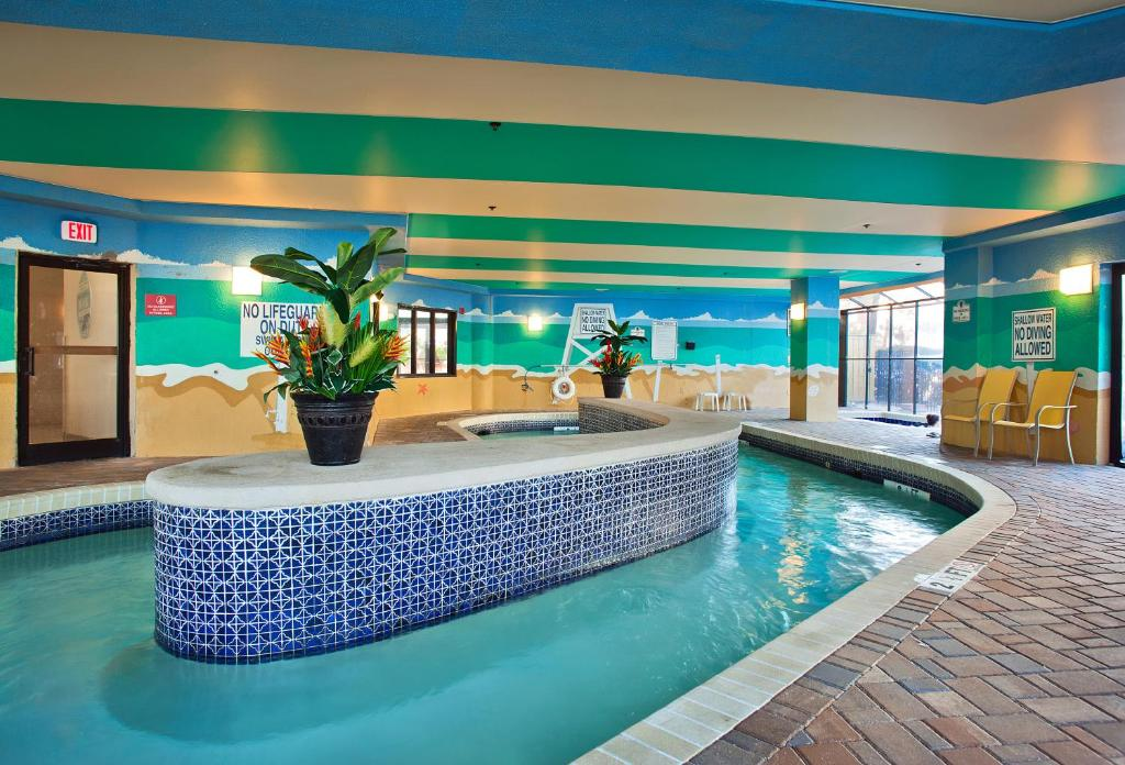 Book Now Patricia Grand Resort Hotel (Myrtle Beach, United States). Rooms Available for all budgets. Located 2 km from Broadway at the Beach this beachfront North Myrtle Beach resort offers both suites and apartments with a private balcony free WiFi and oceanfront pool access