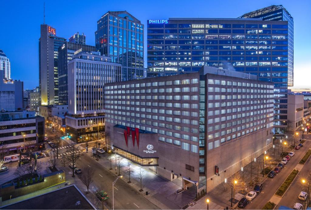 Doubletree By Hilton Downtown Nashville photo