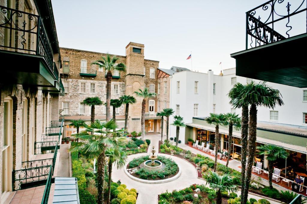 The Menger Hotel San Antonio Tx 204 Alamo Plaza 78205