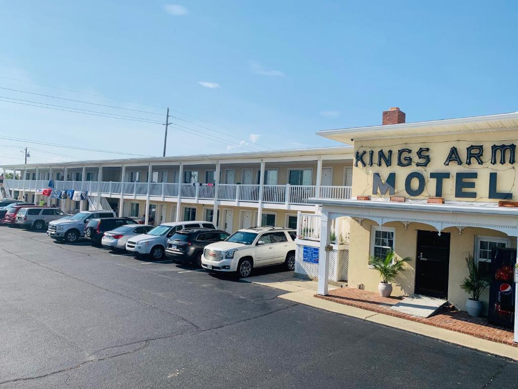 Kings Arms Motel photo