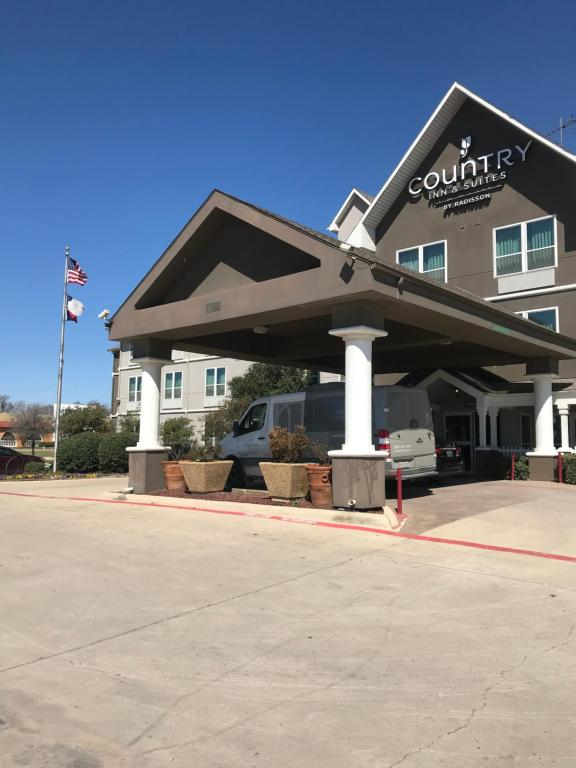 Country Inn And Suites Fort Worth photo