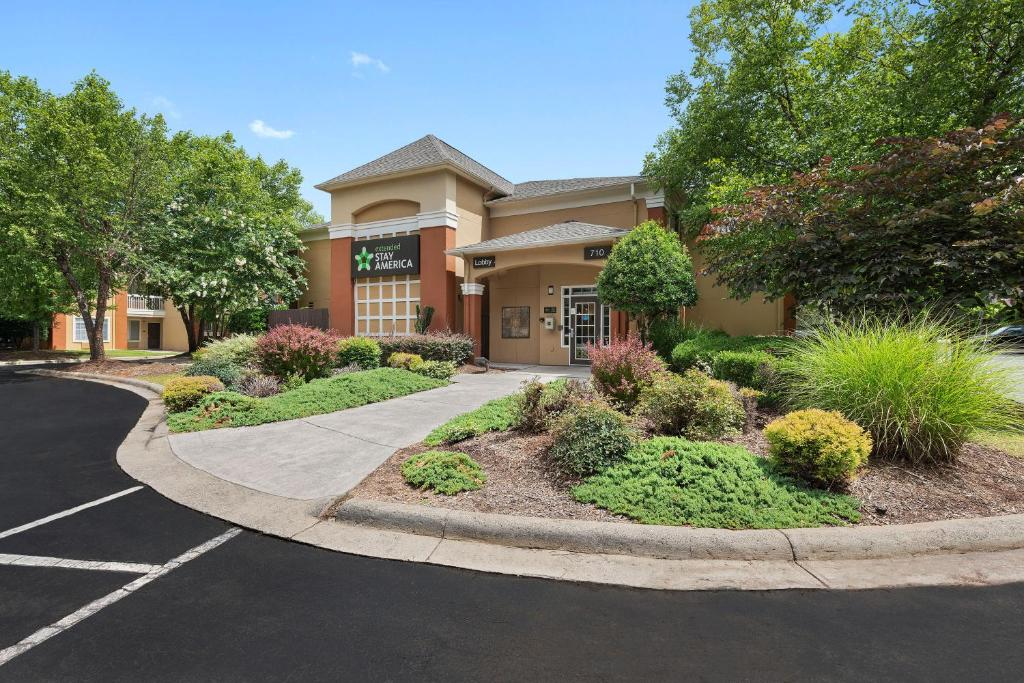Extended Stay America - Charlotte - Airport photo