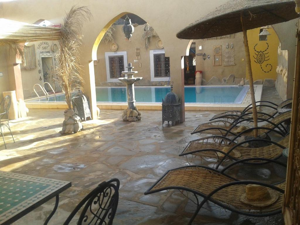 Swimming pool Camp and House Restaurant Fatima
