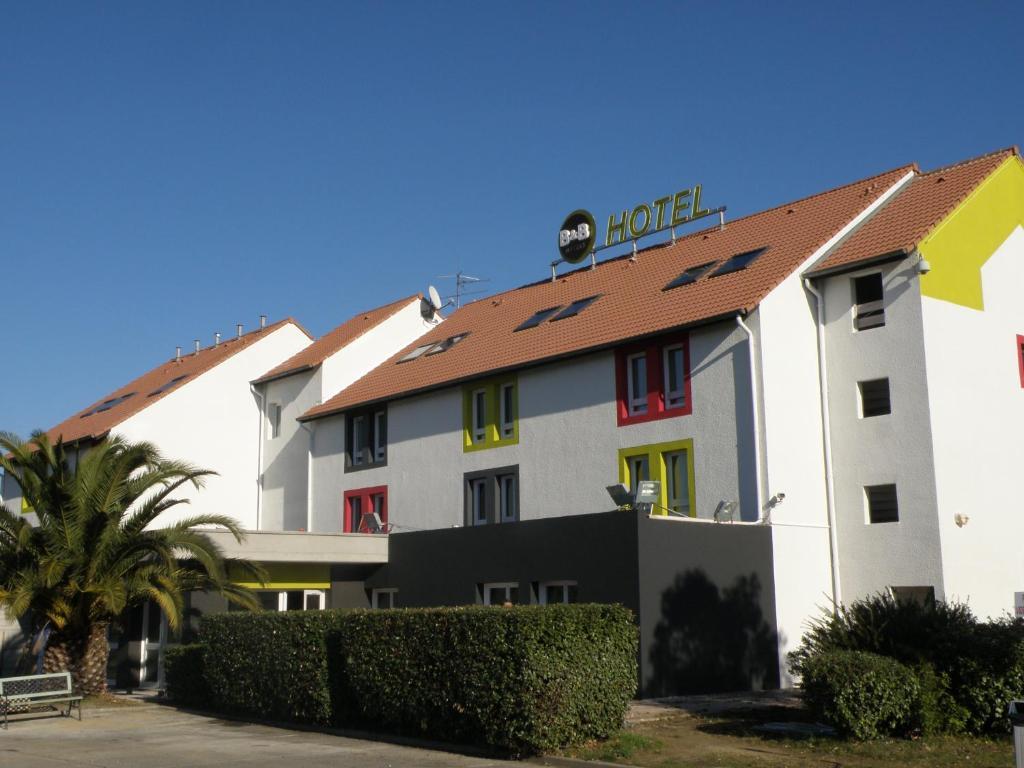 b b h tel perpignan nord perpi n reserva tu hotel con viamichelin. Black Bedroom Furniture Sets. Home Design Ideas