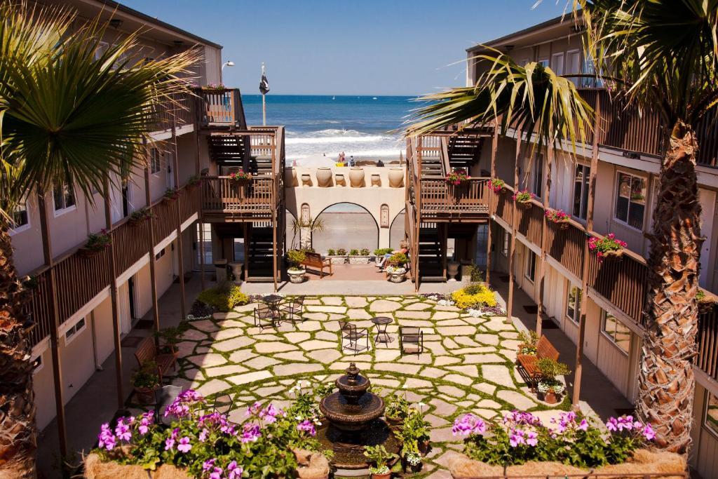 Newport Beach California Oceanfront Hotels