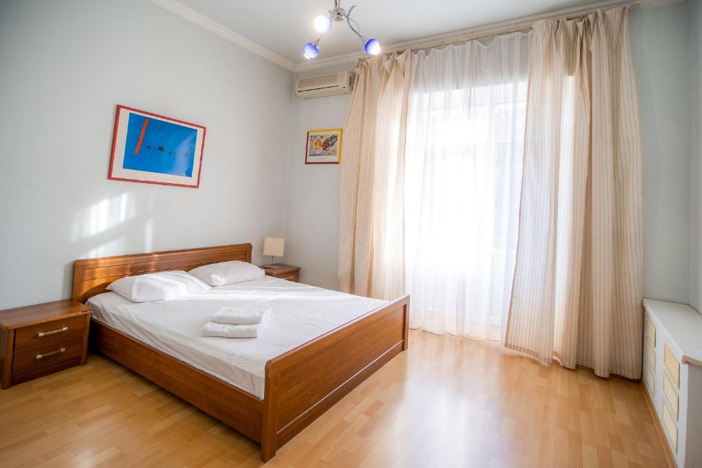 Kiev Accommodation Apartment on Kostel'naya Street