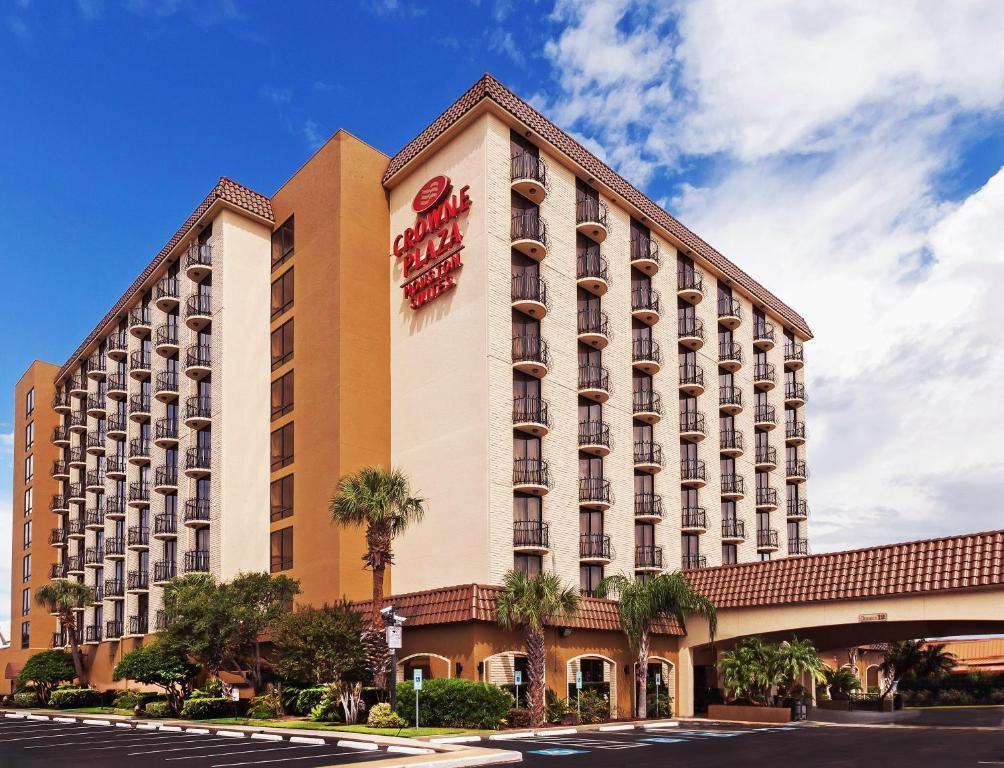 Crowne Plaza Suites Houston Southwest photo