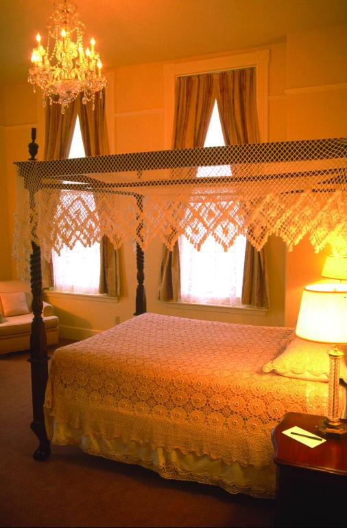 Geiser Grand Hotel In Baker City Oregon 12 Photos 120 Reviews Parksleephotels Com
