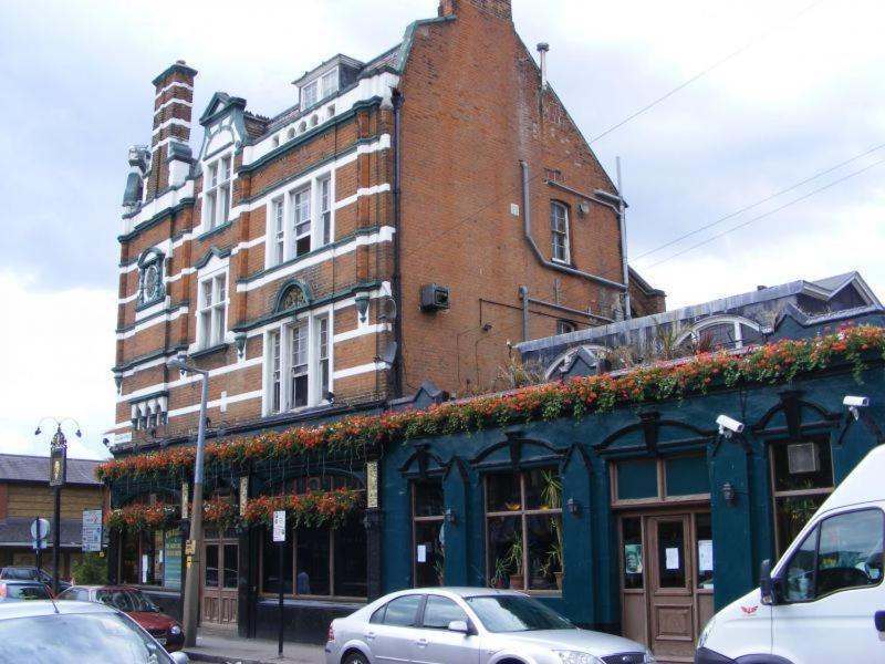 Eingang King William IV Pub And Brewery