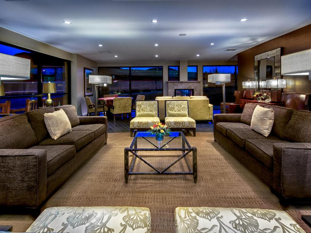 Book Now Best Western Plus Boulder Inn (Boulder, United States). Rooms Available for all budgets. Campus proximity plus free Wi-Fi complimentary hot breakfast and a pool help make the newly renovated Best Western Plus Boulder Inn one of our guests' favorite area hotels. Bu