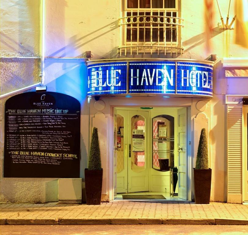 Entrance The Blue Haven Hotel