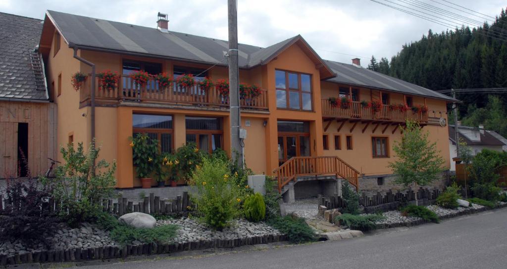 Penzión pod Kýčerou - NEJLEPŠÍ CENY ubytování ve městě Zuberec 2239df5199