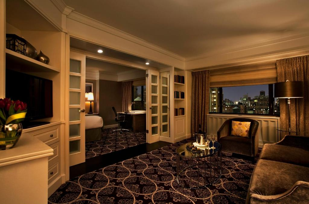 Book Now Loews Regency New York Hotel (New York City, United States). Rooms Available for all budgets. Luxe pet-friendly rooms with free Wi-Fi stylish design and a Park Avenue address near Central Park are among the perks our guests enjoy at Loews Regency New York Hotel. All 37