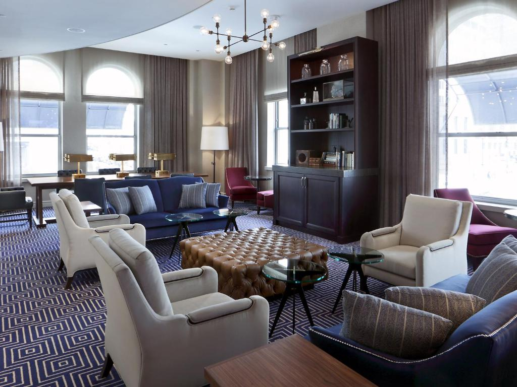 Book Now Loews Boston Hotel (Boston, United States). Rooms Available for all budgets. Free Wi-Fi and on-site dining await in an ideal location close to I-90 and the Public Garden at the non-smoking Loews Boston Hotel. Situated in the former Boston Police Depart