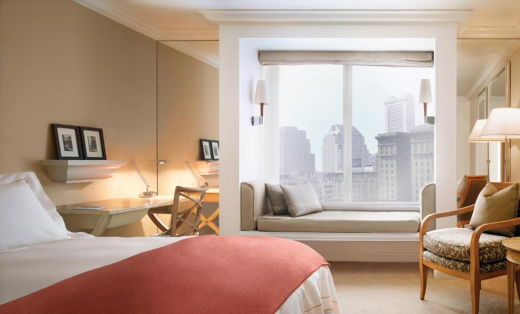 Book Now Taj Campton Place (San Francisco, United States). Rooms Available for all budgets. Luxurious furnishings combine with a 24-hour rooftop fitness center and an award-winning restaurant at the highly rated Taj Campton Place. The 15-story Taj Campton Place is an