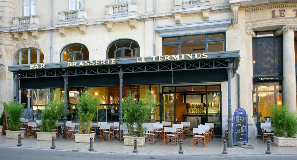 h tel du soleil le terminus carcassonne 2 marechal joffre 11000. Black Bedroom Furniture Sets. Home Design Ideas