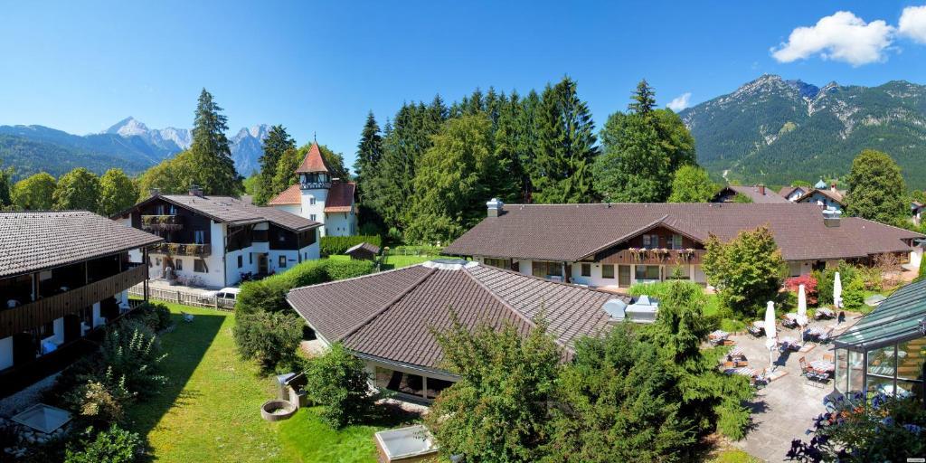 H Hotel Alpina GarmischPartenkirchen Catdaysnet - Hotel alpina garmisch