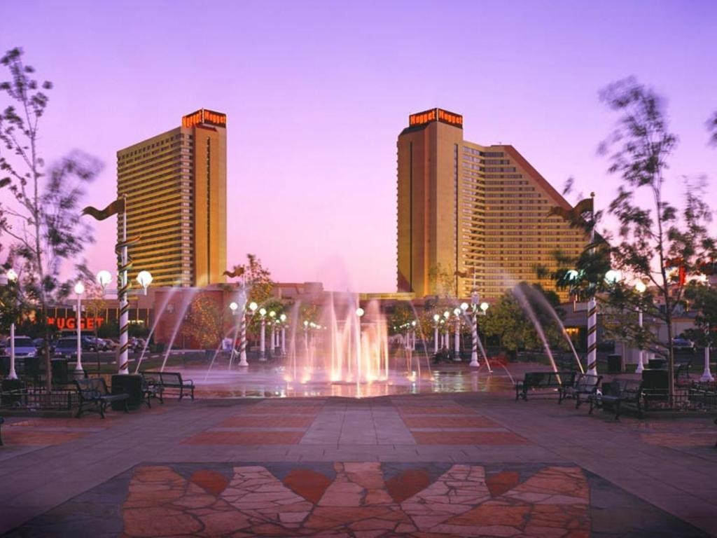 Book Now Nugget Casino Resort (Sparks, United States). Rooms Available for all budgets. This Sparks casino hotel is located in the Sierra Nevada Mountains. This resort features free airport shuttle services a casino a nightclub and 8 restaurants and bars.Free WiF