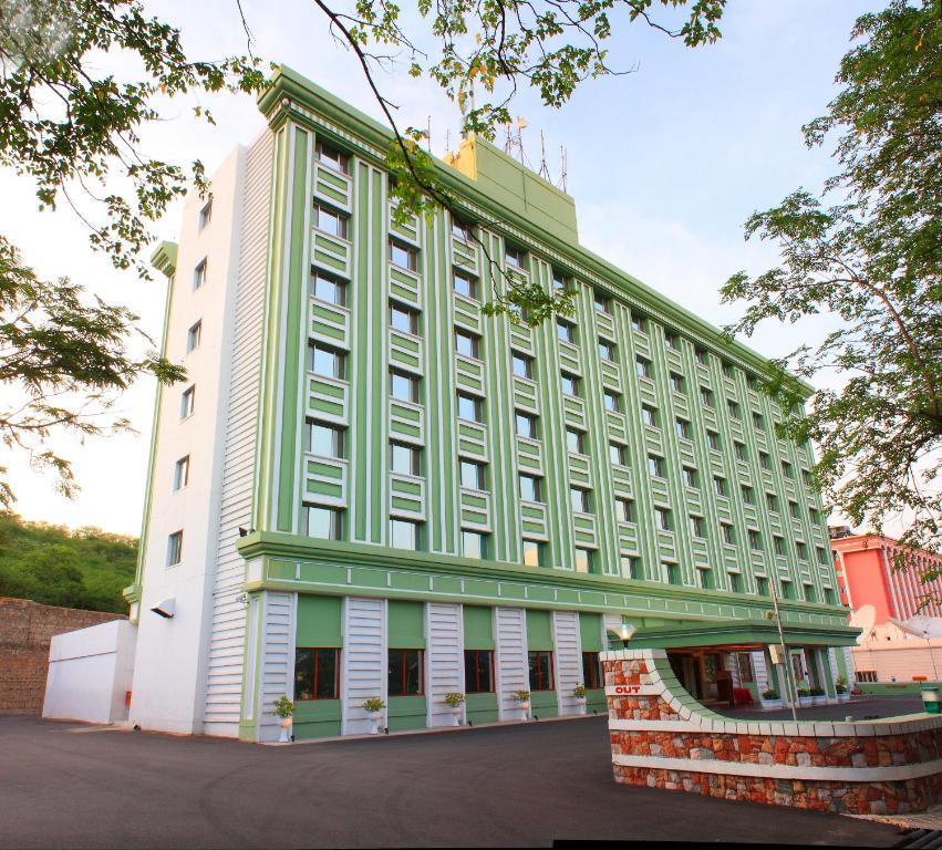 Corporate S Office Dolphin Hotels Limited Samrat Building Ramoji Film City Pedda Ambarpet 501512 Show Map