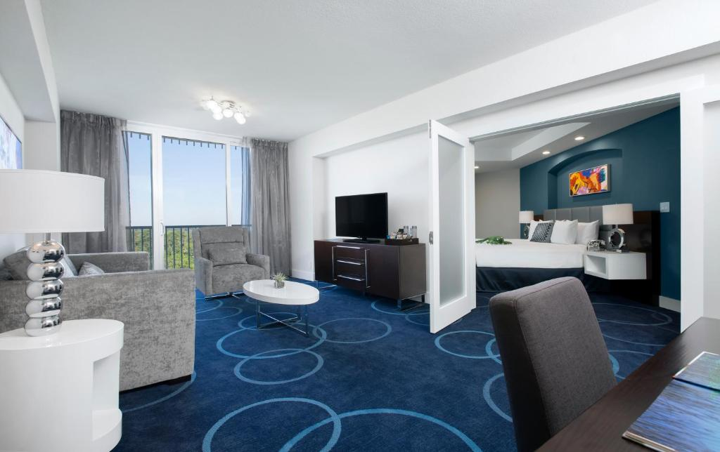 Book Now B Resort and Spa located in Disney Springs Resort Area (Orlando, United States). Rooms Available for all budgets. The year-round pool restaurant buffet soothing spa and freebies like Wi-Fi and Disney parks transit combine to make the non-smoking B Resort and Spa Located in Disney Springs