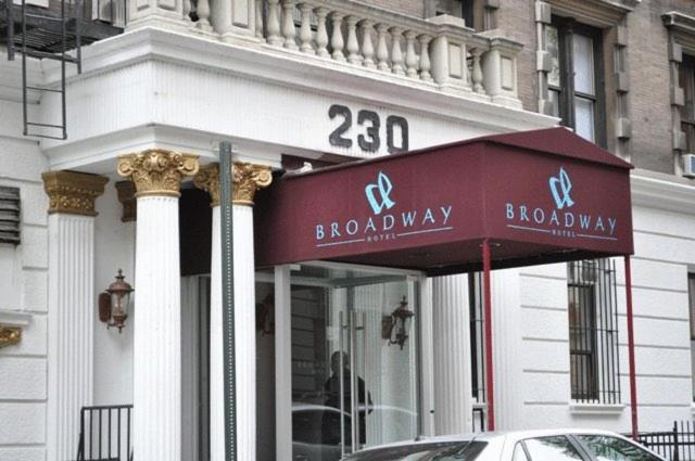 Book Now Broadway Hotel & Hostel (New York City, United States). Rooms Available for all budgets. A common kitchen and library area combines with a location steps from the subway and parks at the non-smoking Broadway Hotel & Hostel. The seven-story Broadway Hotel & Hostel