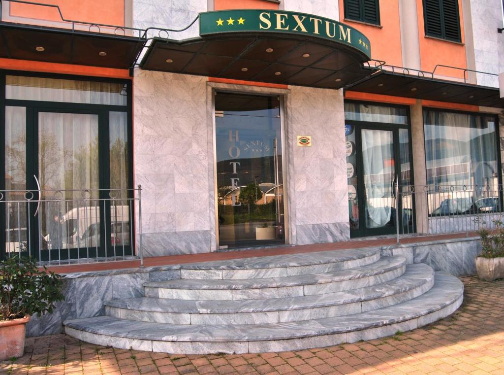 Book Now Hotel Sextum (Bientina, Italy). Rooms Available for all budgets. Located in Bientina Hotel Sextum is a 30-minute drive from Pisa and less than 1 hours' drive from Volterra Lucca and Livorno. It offers free parking and en suite rooms with fr