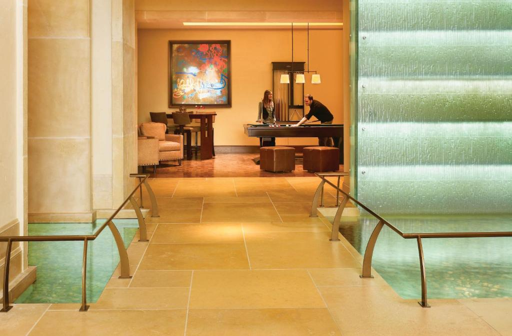 Book Now JW Marriott San Antonio Hill Country Resort And Spa (San Antonio, United States). Rooms Available for all budgets. Seven on-site restaurants a full-service spa and a water park make the JW Marriott San Antonio Hill Country Resort and Spa a top-rated favorite among our guests. Decorated in