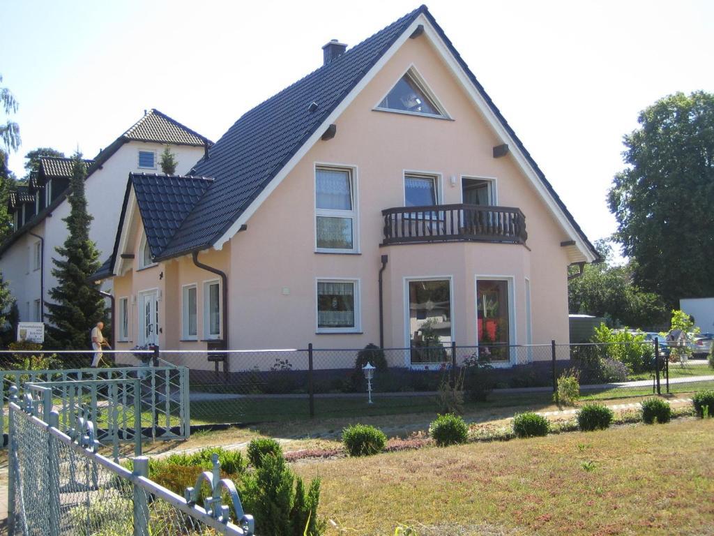 Ferienwohnung Dimter, Pension in Koserow bei Heringsdorf