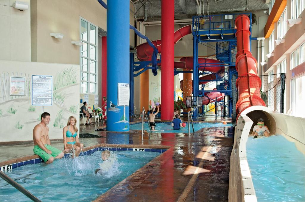 Book Now Dunes Village (Myrtle Beach, United States). Rooms Available for all budgets. This smoke-free oceanfront Dunes Village resort in North Myrtle Beach features Palm Water Park a 30000-square-foot indoor water park with a lazy river. Guests will be 5 km fro