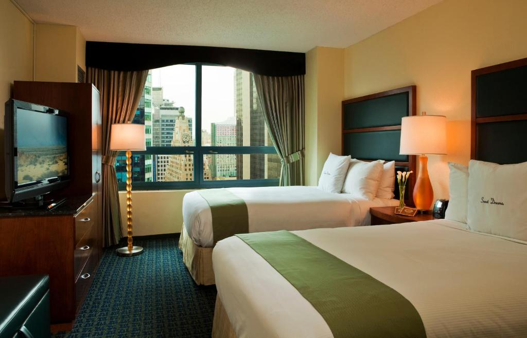 Book Now Doubletree Suites By Hilton NYC Times Square (New York City, United States). Rooms Available for all budgets. Spacious suites in the thick of the Times Square neon draw our guests to the non-smoking DoubleTree Suites by Hilton Times Square which is near Broadway theaters and Radio Cit