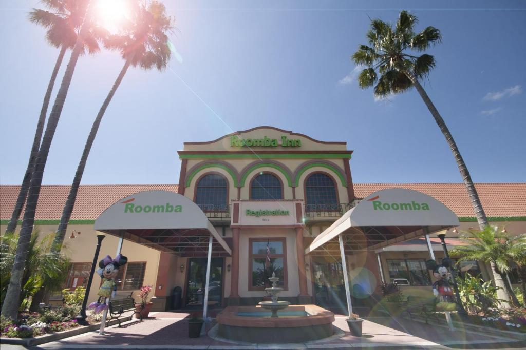 Book Now Roomba Inn & Suites - Kissimmee (Kissimmee, United States). Rooms Available for all budgets. Adjacent to the Old Town shopping center and only an 11 minutes' drive from Disney World Roomba Inn & Suites at Old Town offers free shuttle service and includes a swimming po