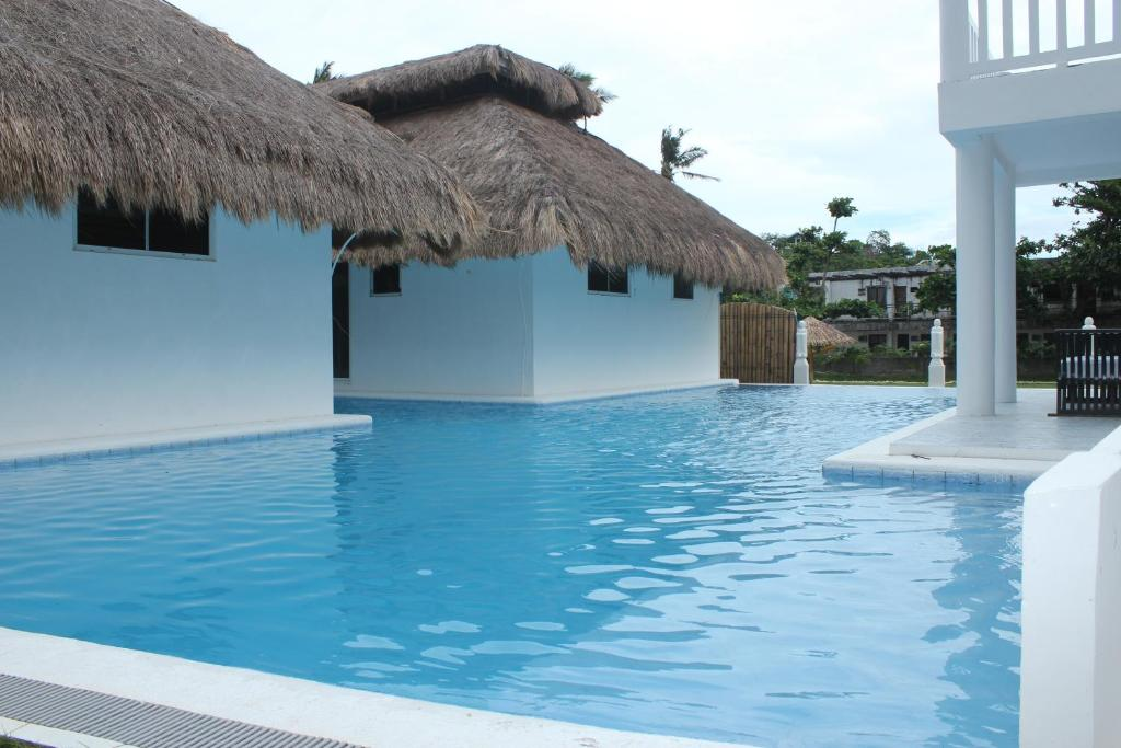 Blue Lagoon Villas