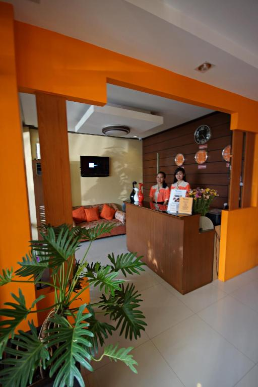 Lobby Pacific Palm Suites