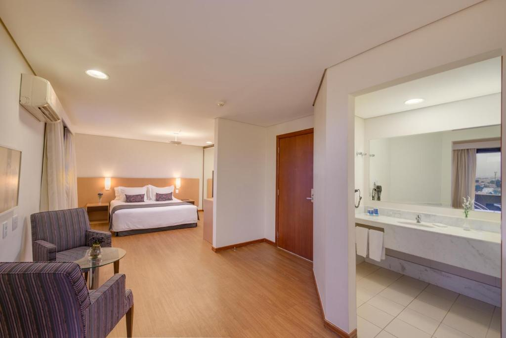 Executive Double Suite - Guestroom