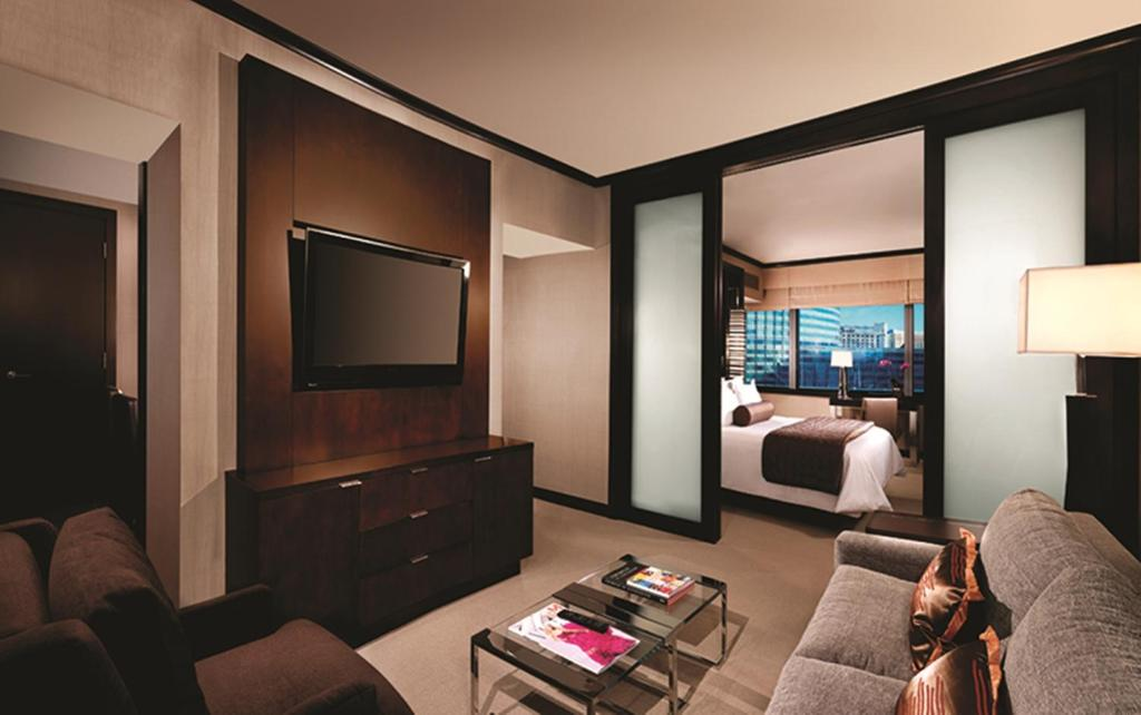 Book Now Vdara Hotel & Spa (Las Vegas, United States). Rooms Available for all budgets. Suites with kitchenettes and premium amenities await at Vdara Hotel & Spa a luxury hotel without so much as a single slot machine. Designed to be both environmentally sound an
