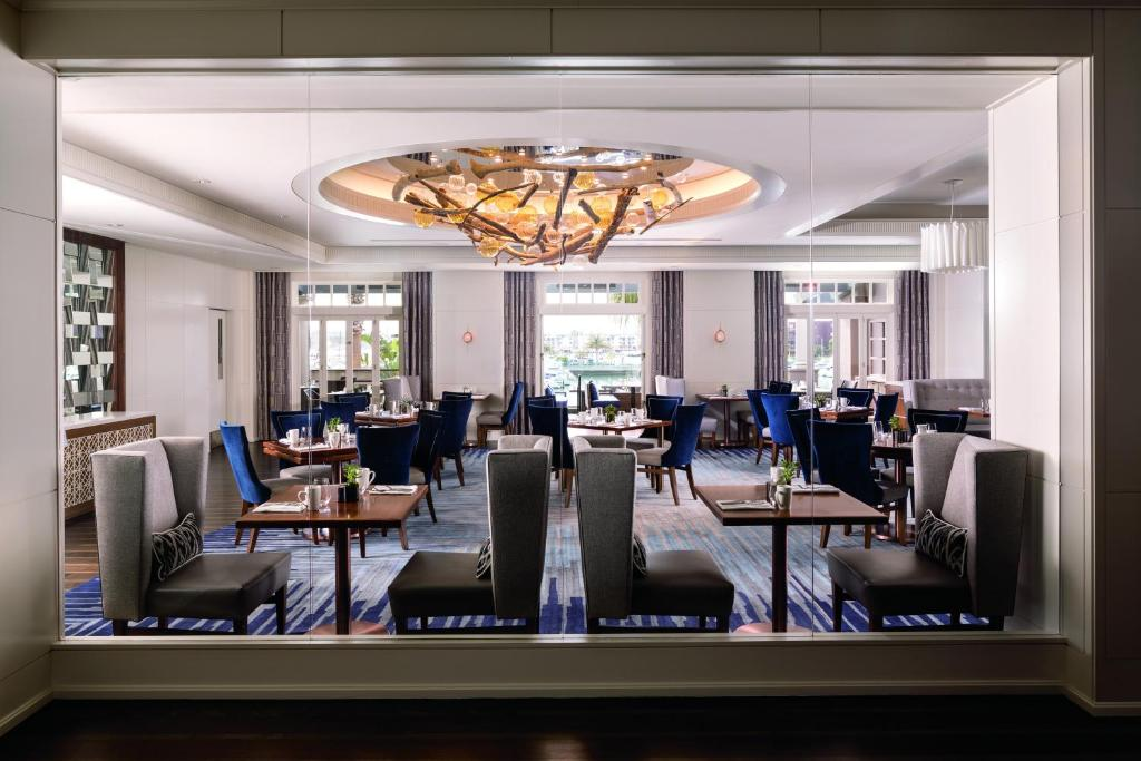 Book Now The Ritz-Carlton Marina Del Rey (Marina del Rey, United States). Rooms Available for all budgets. Set on five waterfront acres and boasting three restaurants two tennis courts and a health club the Ritz-Carlton Marina Del Rey amazes guests with impeccable service top-shelf