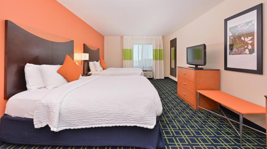 Denver Hotels With Hot Tubs In Room