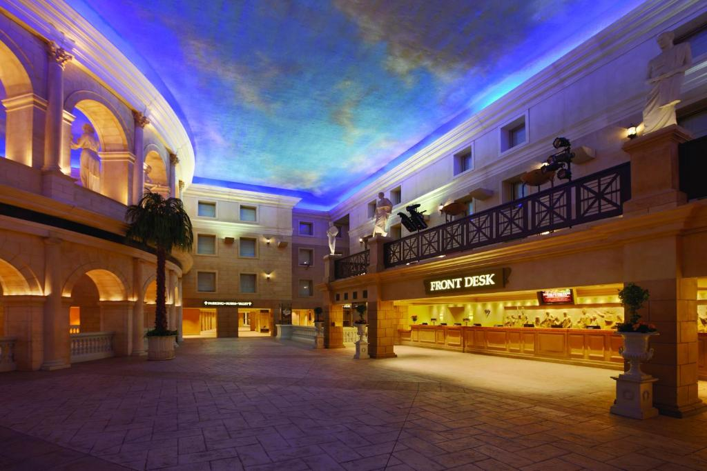 Book Now Caesars Atlantic City Hotel Casino (Atlantic City, United States). Rooms Available for all budgets. With an on-site casino and variety of restaurants this Caesars hotel is a 5-minute walk to the famous Atlantic City Boardwalk. The Pier Shops at Caesars boasts 75 retail store