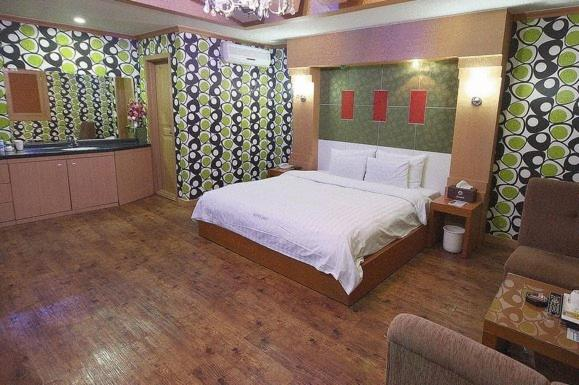 Osan Lexy Hotel - Starting from 70,900 KRW - Hotel in Osan