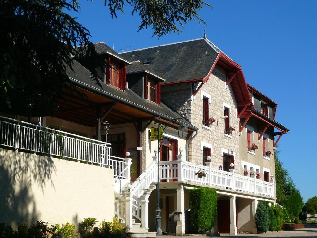 La maison rouge 2 barberaz book your hotel with viamichelin